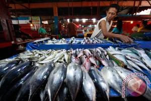 Pelaku usaha cermati aturan impor ikan AS
