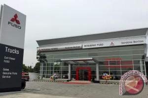Mitsubishi Fuso resmikan diler ke-249 di Medan