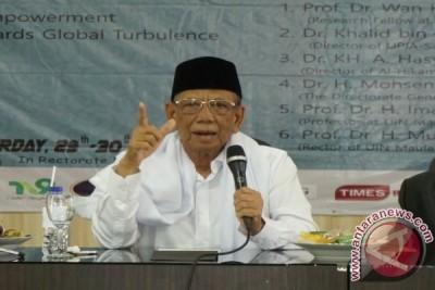 KH Hasyim: Demokrasi belum sentuh hakikat kerakyatan