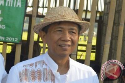 Gubernur Bali ingin jumlah warga miskin berkurang