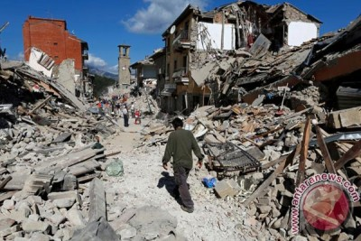 120 orang tewas akibat gempa bumi dahsyat di Italia