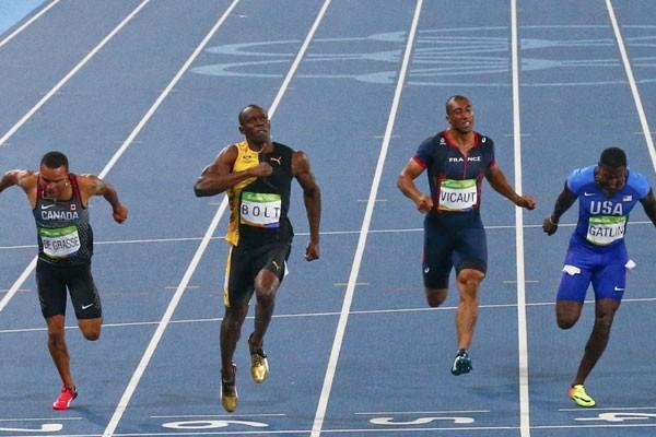 Melesat Dengan 9,69 Detik, De Grasse Mengancam Dominasi Usain Bolt