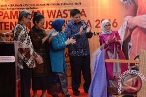 Pameran Wastra Tenun Nusantara 2016
