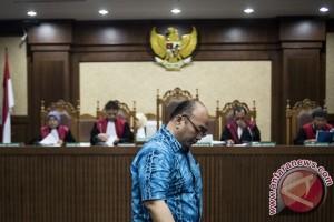 Pejabat MA divonis sembilan tahun penjara