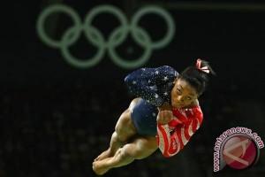 OLIMPIADE 2016 - Simone Biles rebut emas keempat, samai rekor