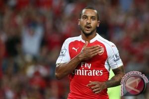 Arsenal ungguli sementara Basel 2-0