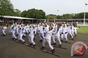 TNI latih Paskibraka Nasional persiapkan HUT RI