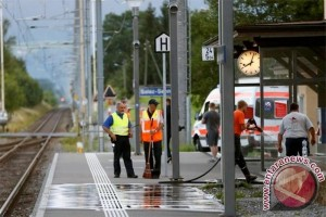 Seorang wanita tewas, dua terluka dalam serangan di kereta api Swiss
