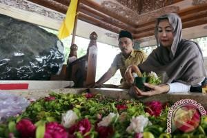 Ziarah Makam Soekarno Bacagub DKI Jakarta
