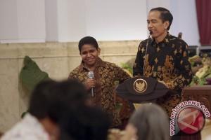 Jokowi kirim 24 profesor bangun Papua
