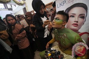 Hadapi pasar bebas, Kabupaten Tangerang latih 150 lembaga kursus