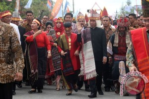 Presiden ingin Karnaval Danau Toba jadi agenda tahunan