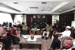 Ketua MPR dukung penguatan kelompok masyarakat hukum adat