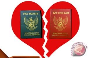 Tiga dari 10 pernikahan di Riau berakhir cerai