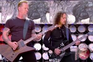 Metallica tur album baru tahun depan