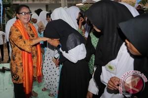Kunjungan Menteri Yohana Ke Palembang