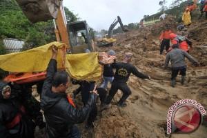 Ribuan masyarakat 11 kabupaten/kota Sumbar terdampak banjir