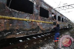 KAI siapkan kereta pengganti KA Kertajaya terbakar