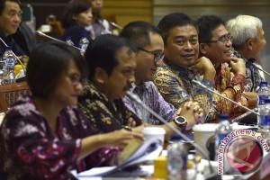 DPR panggil Kominfo terkait penurunan tarif interkoneksi