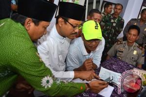 Keluarga Jemaah Calon Haji Ilegal