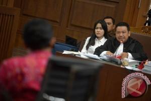 Kuasa hukum Jessica cecar saksi ahli