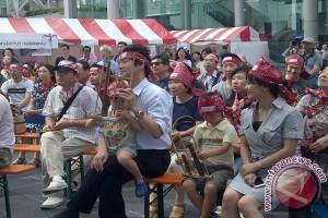 Pagelaran 1.000 angklung pukai warga Osaka bak musik Kitaro 