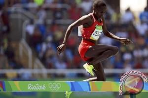 Peraih emas Olimpiade lari halang rintang ciptakan rekor dunia