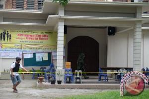 Polisi ledakkan benda diduga bom di gereja Santo Yosep, Medan