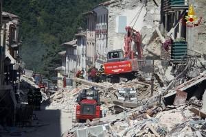 Gempa susulan akibatkan kerusakan baru di Italia Tengah