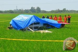 Pesawat jatuh, Dana dan Novriandi hanya luka ringan