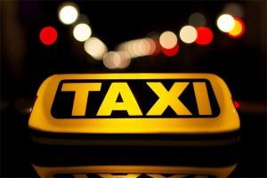 Revisi peraturan taksi online rampung tahun ini