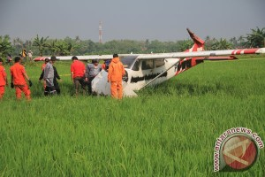 Identifikasi Pesawat Jatuh