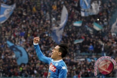 Dua gol cepat Napoli tumbangkan Milan 2-1