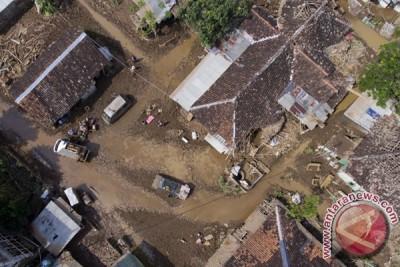 Ini temuan UGM soal penyebab banjir bandang Garut