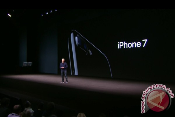 iPhone 7 dan 7 Plus bisa dipesan di Indonesia Maret 2017