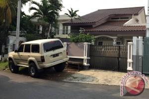 Rumah Gatot Brajamusti sepi sejak digeledah