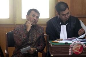 Gatot Pujo dituntut delapan tahun penjara
