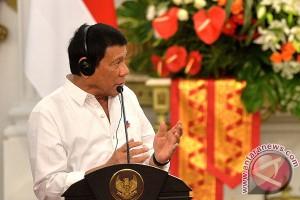 "Di China, Presiden Filipina umumkan ""bercerai"" dengan AS"