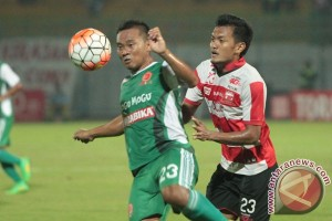 Laga Madura United vs PS TNI tanpa Fabiano