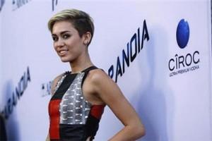 Miley Cyrus khawatirkan Britney Spears