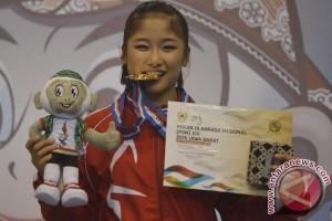 Emas Wushu Putri Jakarta