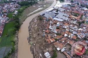18 orang dinyatakan hilang akibat banjir Garut