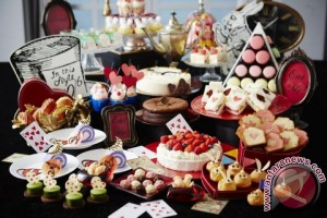 """Keio Plaza Hotel Tokyo Offers """"Alice in Wonderland""""-Themed Sweets Buffet, Cocktails and Menus"""