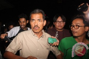 KPK tahan jaksa Farizal