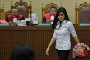 Hakim Binsar berfilosofi sebelum cecar Jessica