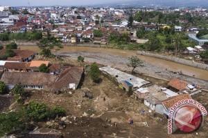 Tim gabungan temukan tiga jasad korban banjir bandang Garut