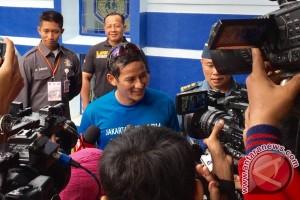 Sandiaga Uno datangi RSAL Mintohardjo setelah lari pagi di CFD