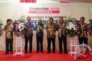 Astra Otoparts resmikan pabrik baru bersama Bridgestone