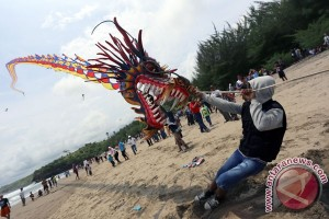 Bantul gelar festival layang-layang di Parangtritis