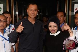 Ani Yudhoyono dan pendukung AHY-Sylviana gelar dzikir jelang penetapan